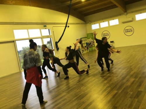 CORSI DI DANZA MODERNA - ROYAL DANCE PROJECT